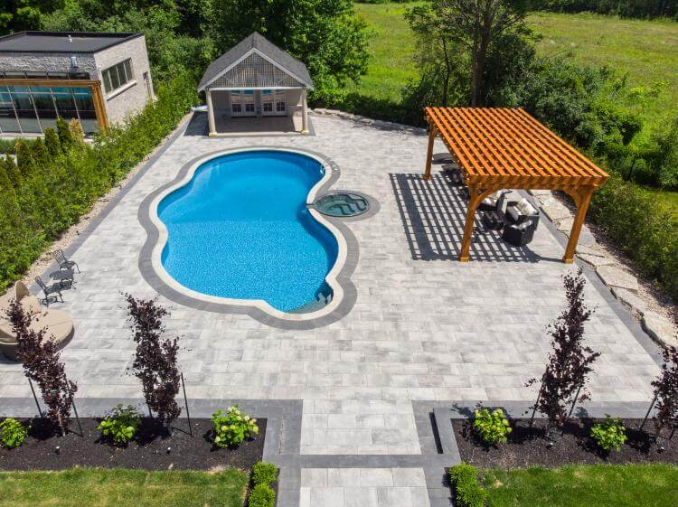 swimming pool construction cost Toronto